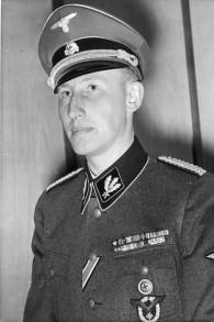 Reinhard Heydrich en 1940. (Crédit : Bundesarchiv, Bild 183-R98683//CC BY-SA 3.0/WikiCommons)