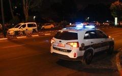 Une voiture de patrouille de la police israélienne. Illustration. (Crédit : Moti Karelitz/Flash90)