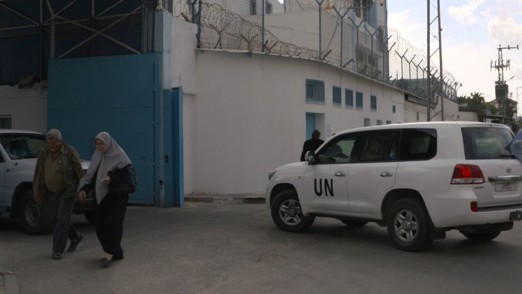 Une Jeep des Nations unies à Gaza; capture d'écran du documentaire « Un peuple élu et mis à part, l'antisémitisme en Europe ». (Crédit : autorisation)