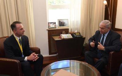 Benjamin Netanyahu rencontre le PDG d'eBay Devin Wenig, le 5 juin 2017 (Crédit : GPO