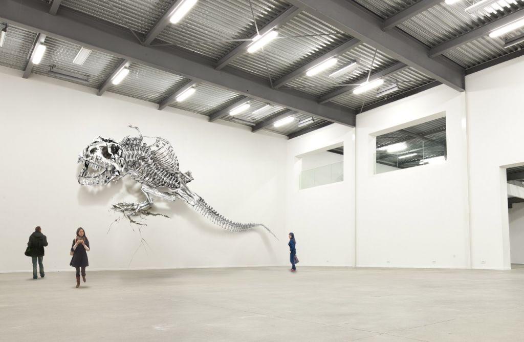 Complet Philippe Pasqua, dont les sculptures ont fait le tour du monde  XE92