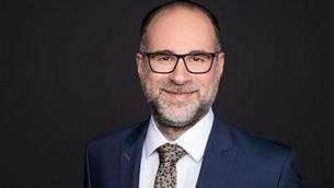 L'avocat André Nourbakhsch. (Crédit : Ayse Catik/ autorisation de .rka Law)