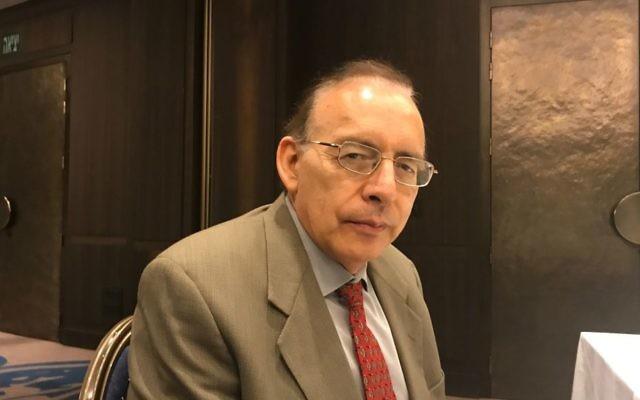 Le docteur Augusto Lopez-Claros, haut-conseiller en développement économiques au groupe de la Banque mondiale, en juin 2017 (Autorisation : Shoshanna Solomon/The Times of Israel)