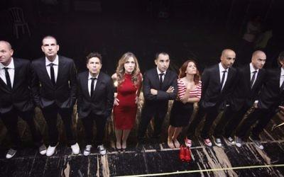 """L'équipe de l'émission satirique """"Eretz Nehederet"""", récompensée par la Sam Spiegel Film and Television School (Crédit : Eyal Landsman)"""