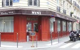 Nini, restaurant casher réputé du quartier des Ternes. (Crédit : Nini)