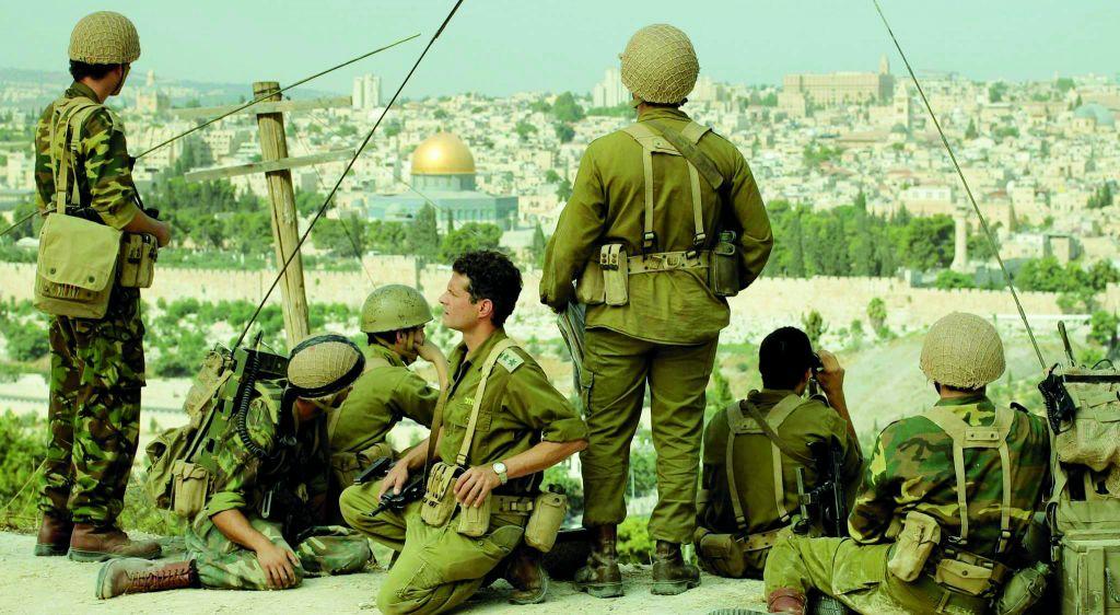 """Une scène du film """"In Our Hands"""" sur la chaîne chrétienne américaine (Christian Broadcasting Network), un docudrame sur la guerre des Six jours. (Crédit : CBN)"""