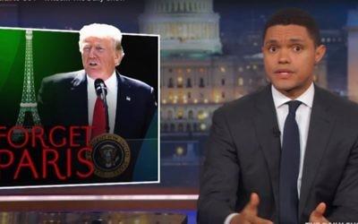 Trevor Noah évoque le président américain  Donald Trump qui a retiré les Etats-Unis de l'accord sur le changement climatique de Paris (Capture d'écran :YouTube)