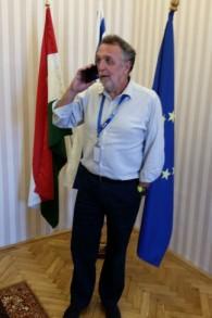 Andras Heisler, président de la Fédération des communautés juives de Hongrie, dans son bureau de Budapest, le 17 juillet 2017. (Crédit : Raphael Ahren/Times of Israël)