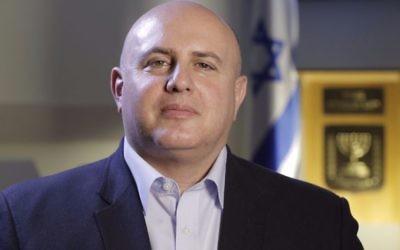 Eviatar Matania, directeur du Cyber bureau national d'Israël. (Crédit : autorisation)