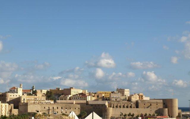 La Vieille ville de Melilla, une enclave du Maroc sous souveraineté espagnole. (Crédit : TonioMora/Flickr via Wikimedia CC BY-SA 2.0)