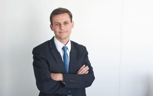 Frédéric Potier, préfet de 37 ans et délégué interministériel à la lutte contre le racisme, l'antisémitisme et la haine anti-LGBT (Dilcrah). (Crédit : Dilcrah).