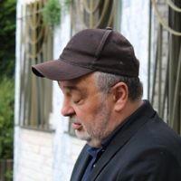 William Attal, le frère de Sarah Halimi tuée en avril dans une attaque apparemment antisémite devant la synagogue centrale de Créteil, une banlieue de Paris, le 17 juin 2017 (Crédit : Raoul Wootliff/Times of Israel)