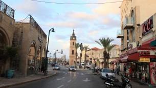 L'iconique tour de l'horloge de Jaffa, en novembre 2011. (Crédit : Liron Almog/Flash90)