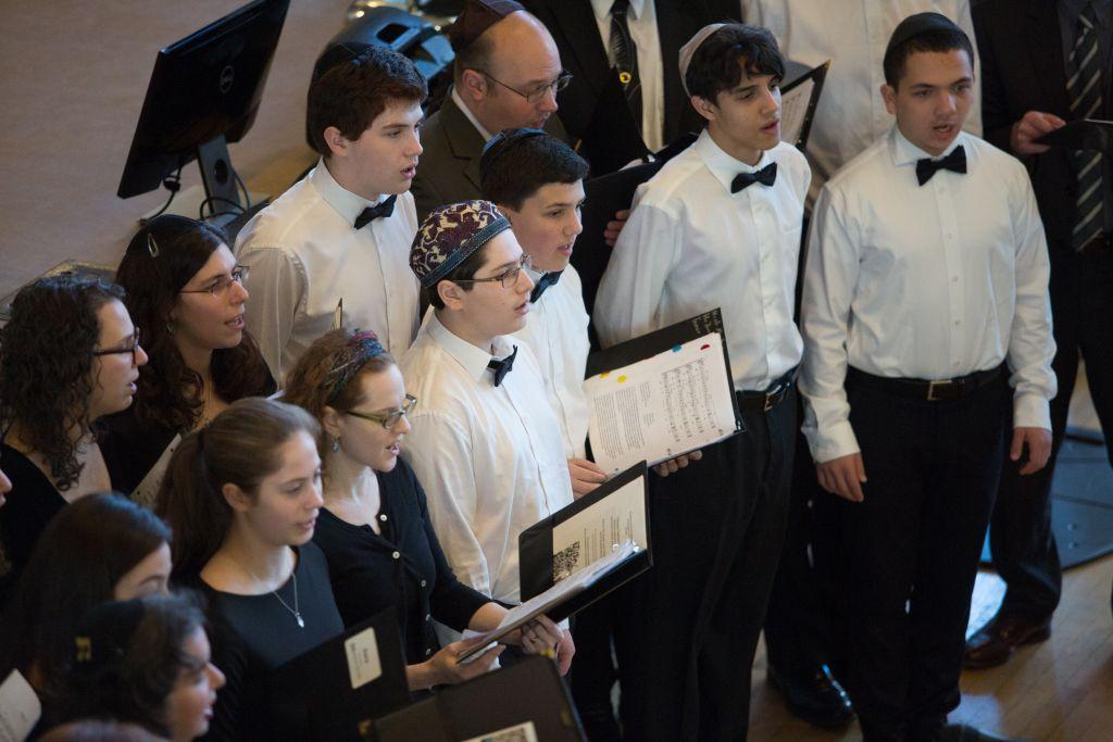 Commémoration de Yom HaShoah à Boston, le 23 avril 2017. (Crédit : Elan Kawesch/Times of Israël)