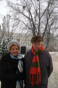 Jadwiga Tomaszek et Jerzy Tomaszek se sont rencontrés dans le camp du maharadjah en Inde durant la deuxième guerre mondiale et se sont mariés plus tard alors qu'ils avaient 70 ans (Crédit : 'Little Poland in India')