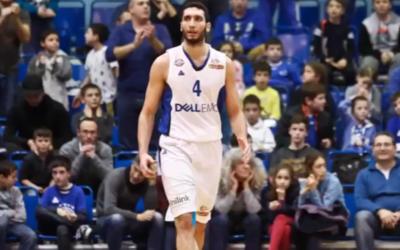Karam Mashour, joueur de basketball arabe israélien. (Crédit : capture d'écran)