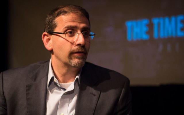 Dan Shapiro, ancien ambassadeur américain, lors d'un évènement organisé par le Times of Israël, à Jérusalem, le 2 juillet 2017. (Crédit : Luke Tress/Times of Israel)