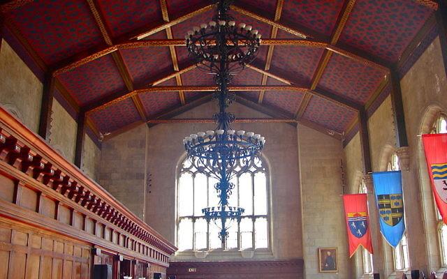 La grande salle de la bibliothèque M. Carey Thomas du Bryn Mawr College, situé dans la périphérie de Philadelphie. (Crédit : domaine public/Wikimedia)