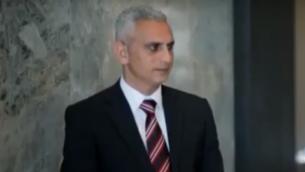 Elias Karram, journaliste d'Al Jazeera, en 2016. (crédit : capture d'écran YouTube)