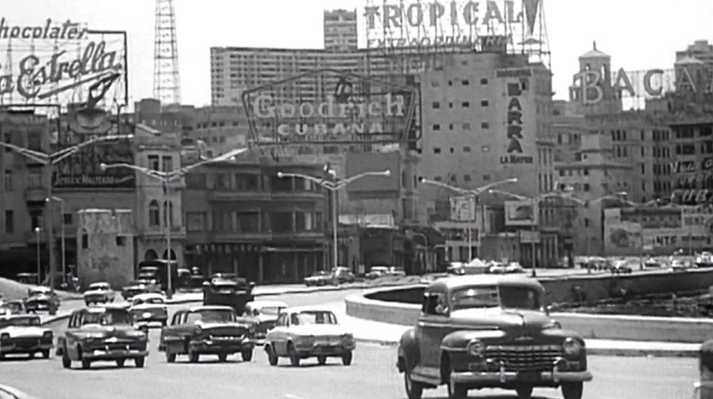 Malecón, une station balnéaire de La Havane dans les années 1940, dans une scène de  'Cuba's Forgotten Jewels.' (Autorisation)