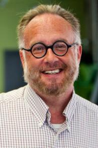 L'avocat américain Mike Godwin qui a établi la loi éponyme sur Usenet en 1990. (Crédit : CC BY 3.0 Wikimedia)