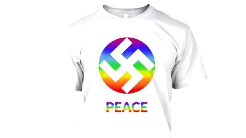 Les T-shirts de KA Design avec une croix gammée voulant symboliser la paix. (Crédit : Facebook/KA Design)