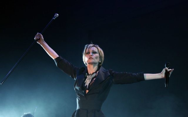 Patricia Kaas en concert à Vilnius, en septembre 2009. (Crédit : KapeksasCC BY-SA 3.0/WikiCommons)
