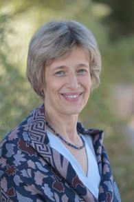 """Ruth HaCohen, professeure à la chaire de musicologie Artur Rubinstein à l'université hébraïque à Jérusalem et auteure de 'la diffamation musicale contre les Juifs"""" (Crédit :Bruno Sharvit)"""