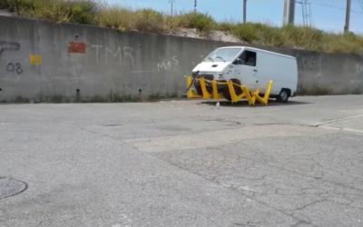 La barrière anti-véhicule assassins de la société Haltbrac est train de pénétrer le marché français (Crédit: capture d'écran Haltbrac/Youtube)