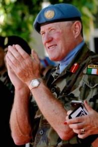 Cette photo prise le 19 juillet 2016 montre le chef de la mission et commandant des forces de maintien de la paix des Nations unies au Liban (FINUL), le général de division irlandais Michael Beary (Crédit : AFP/Mahmoud Zayyat)