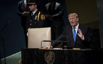 Le président américain Donald Trump, lors de la 72e Assemblée générale de l'ONU à New York, le 19 septembre 2017. (Crédit : Brendan Smialowski/AFP)