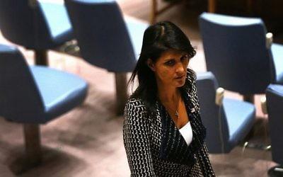 Nikki Haley, ambassadrice des Etats-Unis aux Nations unies, pendant une réunion du Conseil de sécurité, à New York, le 29 août 2017. (Crédit : Spencer Platt/Getty Images/AFP)