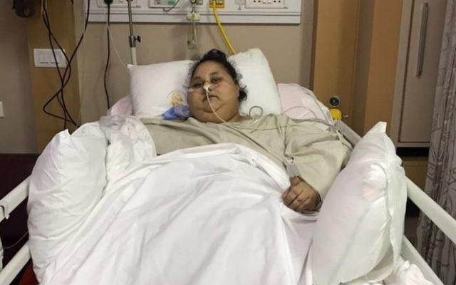 Eman Ahmed Abd El Aty à l'hôpital Saifee de Bombay, en Inde. (Crédit : hôpital Saifee)