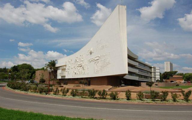 Bâtiment principal de l'université de Pretoria  (Crédit : CC BY-SA Mike Prince, Wikimedia Commons).
