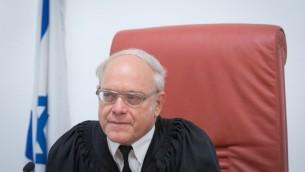Neal Hendel, juge de la Cour suprême, le 15 mai 2017. (Crédit : Miriam Alster/Flash90)