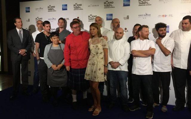 Chefs israéliens et organisateurs du festival Tables rondes pendant la conférence de presse annonçant l'évènement de trois semaines, en septembre 2017. (Crédit : Jessica Steinberg/Times of Israël)