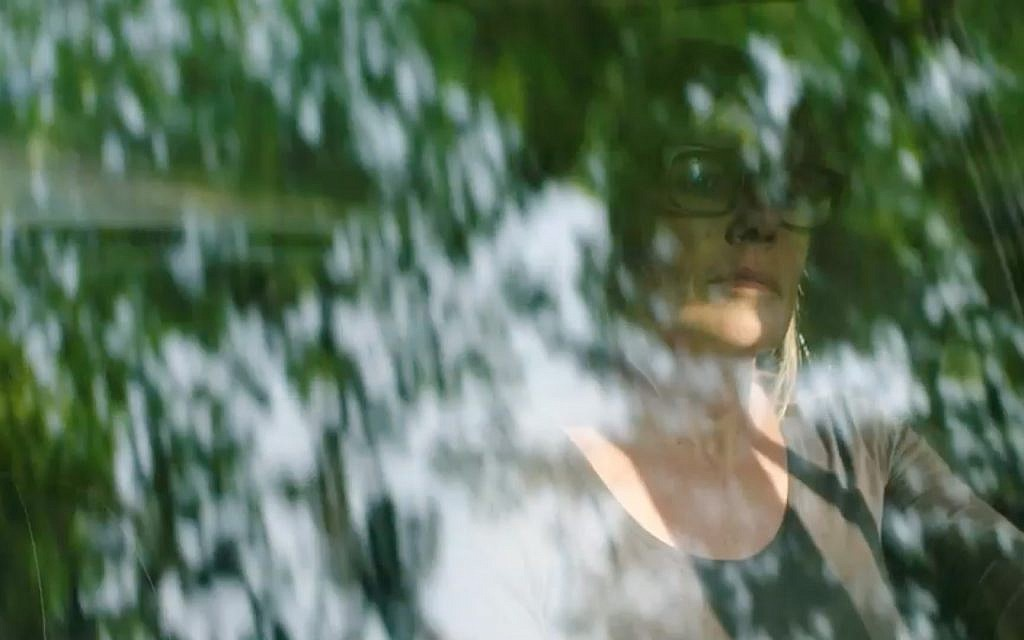 Marina Willer dans le documentaire 'Red Trees' (Crédit : Cohen Media Group)