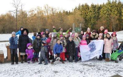 Un camp d'hiver de Bnei Akiva en Allemagne. Photographie non datée. (Crédit : Bnei Akiva Deutschland)