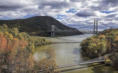 Le pont de Bear Mountain, au-dessus de Popolopen Creek, affluant de l'Hudson, dans l'état de New York. Illustration. (Crédit : John Greim/LightRocket via Getty Images)