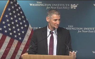 Yair Golan, ancien vice-chef d'état-major de l'armée israélienne, devant l'Institut de Washington, le 10 septembre 2017. (Crédit : capture d'écran YouTube)