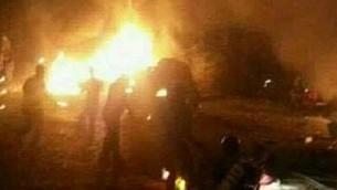 Une usine syrienne qui aurait été attaquée par un avion israélien tôt dans la matinée du jeudi 7 septembre 2017 (Capture d'écran : Twitter)