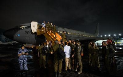 Une équipe du Commandement passif arrive au Mexique pour aider suite au tremblement de terre dévastateur qui a frappé le pays, le 21 septembre 2017 (Crédit : porte-parole de l'IDF)