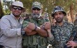Issam Zahreddine, au centre, général de division de la Garde républicaine syrienne, à Deir Ezzor, dans l'est du pays, le 10 septembre 2017. (Crédit : George Ourfalian/AFP)