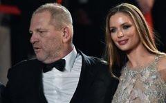 Le producteur américain Harvey Weinstein et son épouse Georgina Chapman arrivent à la projection du film  'Hands of Stone' au 69ème festival de Cannes à Cannes, en France, le 16 mai 2016 (Crédit :  AFP Photo/Alberto Pizzoli)