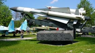 Une batterie SA-5 exposée au musée de l'armée de l'air ukrainienne. Illustration. (Crédit : George Chernilevsky/CC BY-SA 3.0/WikiCommons)