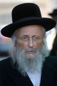 Yitzchok Tuvia Weiss, chef du Conseil orthodoxe de Jérusalem, connu en hébreu comme Aideh Charaidis, le 23 septembre 2012 (Crédit : Nati Shohat / Flash90)