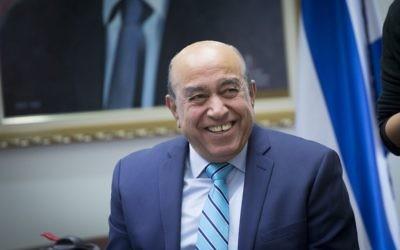 Zouheir Bahloul, député arabe de l'Union sioniste, à la Knesset, le 5 décembre 2016. (Crédit : Miriam Alster/Flash90)