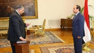 Khaled Fawzy avec le président égyptien Abdel-Fattah el-Sissi (Crédit : Autorisation)