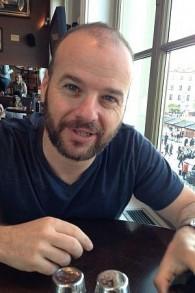Andris Sella, gérant du bar casher de jazz et du théâtre indépendant (Autorisation)
