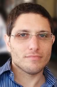 On Yavin, fondateur et directeur général de Online Perfomance Ltd (Autorisation)